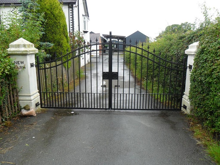 Nh Fabrications Domestic Driveway Gates Manchester